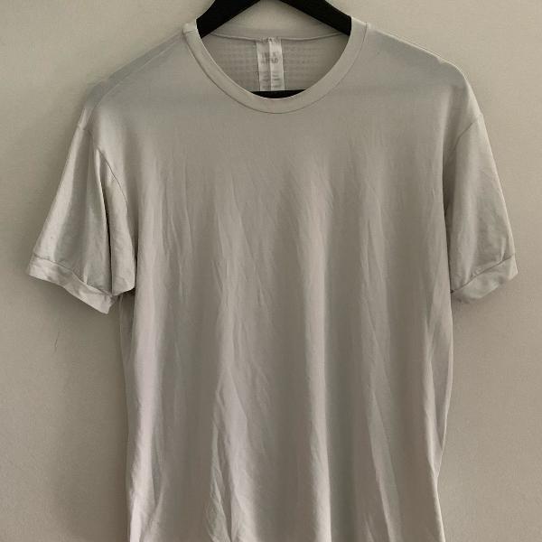 Camisa manga curta cinza claro dry fit track & field