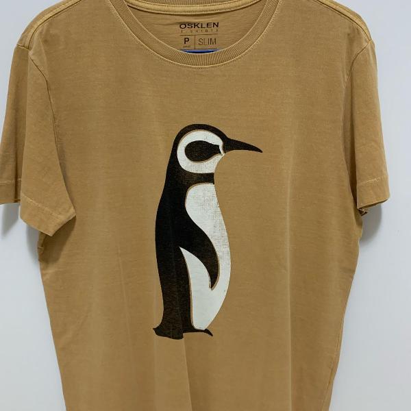 Camiseta osklen pinguim