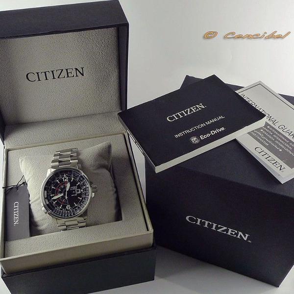 Relógio citizen eco drive na caixa manual