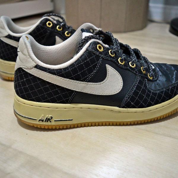 Tênis sneaker nike air force one low preto e cinza tamanho