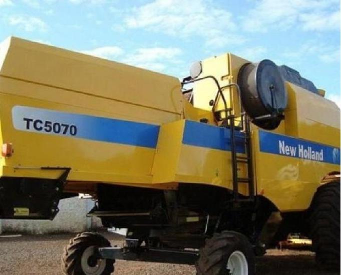 Colheitadeira new holland tc5070