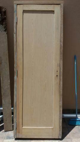 Porta madeira com batente peroba rosa