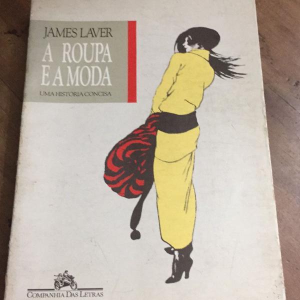 Livro contando a história da moda