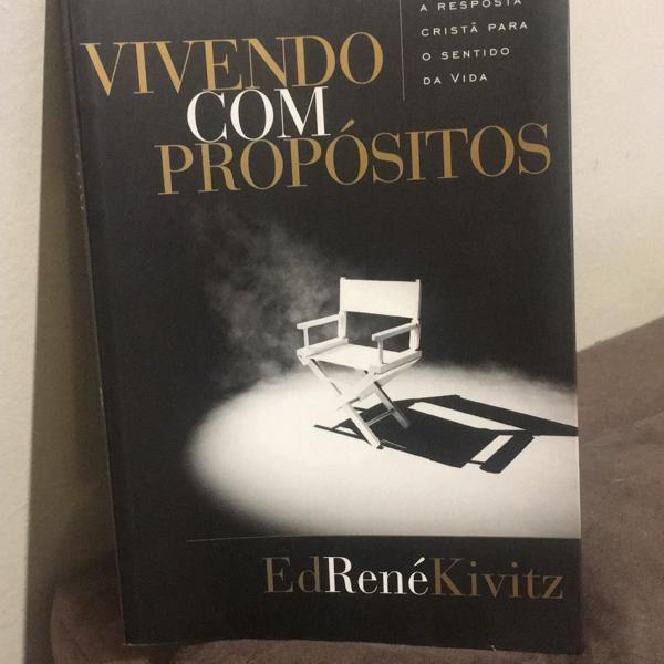 Livro vivendo com propósitos
