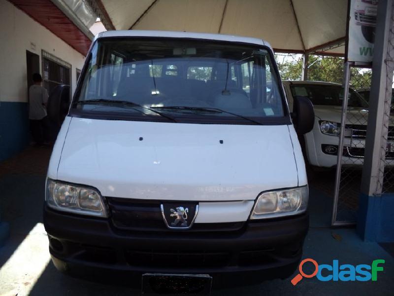 Peugeot boxer minibus 2.3 multijet