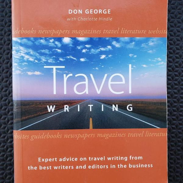 Travel writing - lonely planet guia