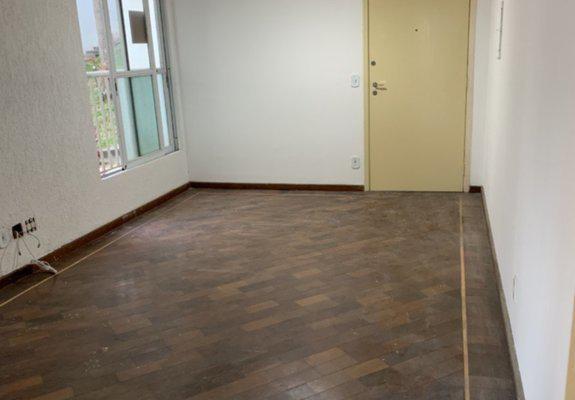Alugo apartamento r$ 1.400 com condomínio incluso