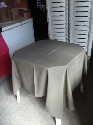 Locação de mesas e cadeiras