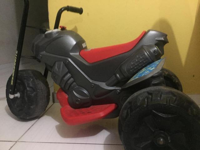 Triciclo infantil (leia o anúncio)