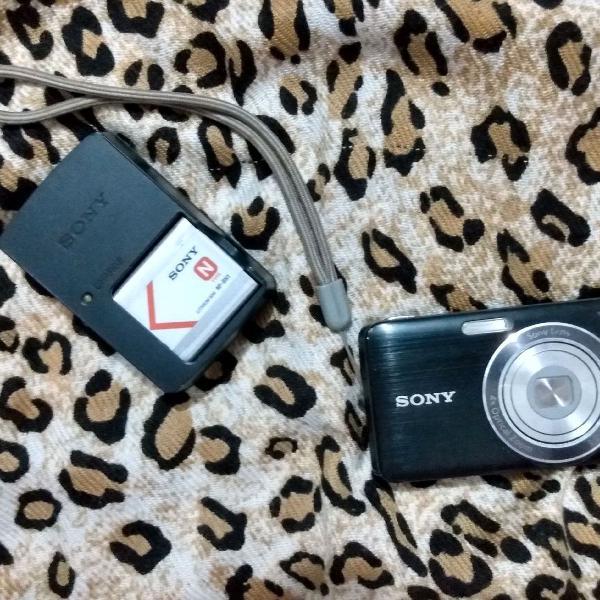 Camera digital + carregador de bateria