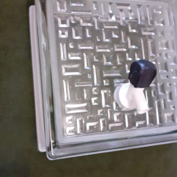 Garrafas de tijolos de vidro