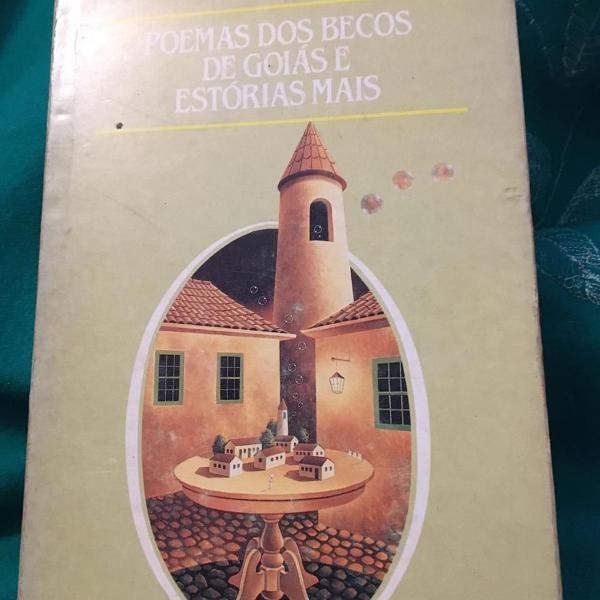 Livro poemas dos becos de goiás e estórias mais