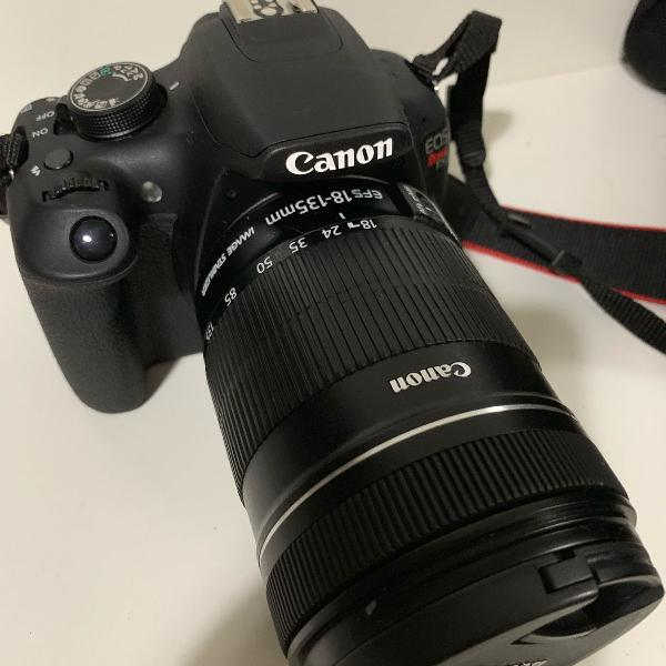 Máquina fotográfica profissional canon t5