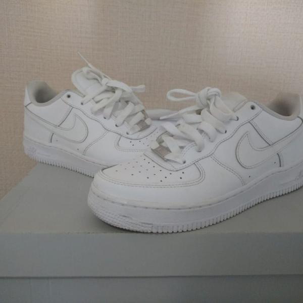 Nike air force 1 (branco ou o preto)