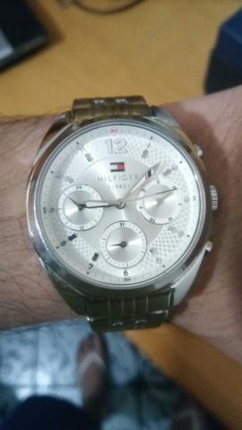 Relógio tommy hilfiger original na caixa em perfeito estado