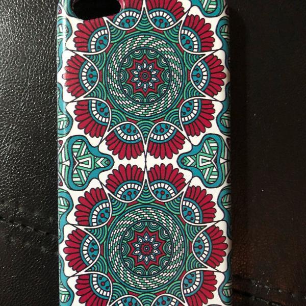 Capinha iphone 5c verde e vermelha abstrata