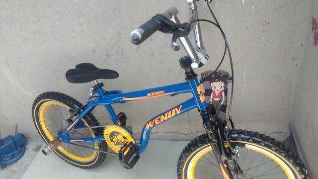 Bicicleta aro 20 cross wendy folha aero suspensão semi nova