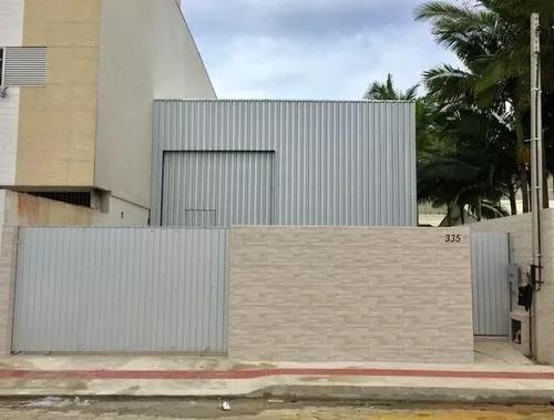 Rua lico amaral, 335, 332, dom bosco, itajaí