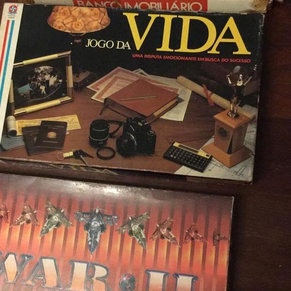 Kit três jogos tabuleiro completos jogo da vida, banco