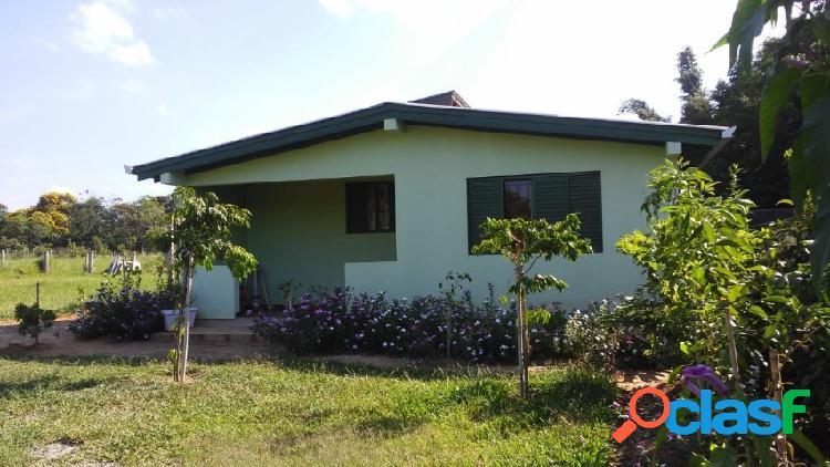 Sítio fora de condomínio com 2.000m², casa nova 120m², águas claras/ viamão