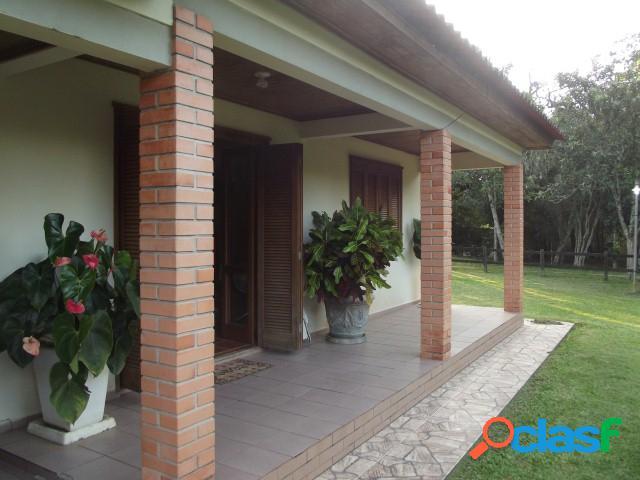 Sítio de 3.6 hectares, casa patrão, caseiro, quiosque, baias, viamão/rs