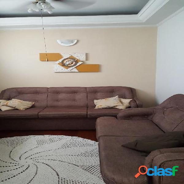 Casa ampla com ótima localização com possibilidade de comércio e residência. Agende a visita!!! 2