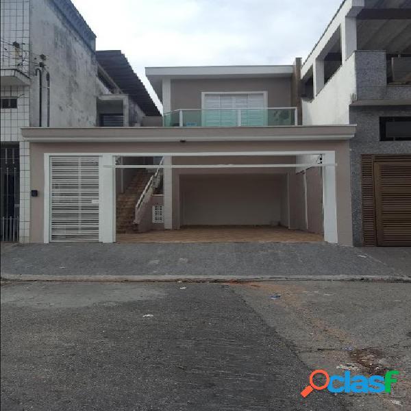 Casa recém reformada com excelente localização. agende sua visita e mande a proposta.