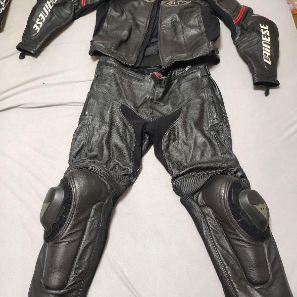 Macacão moto dainese 58 em couro