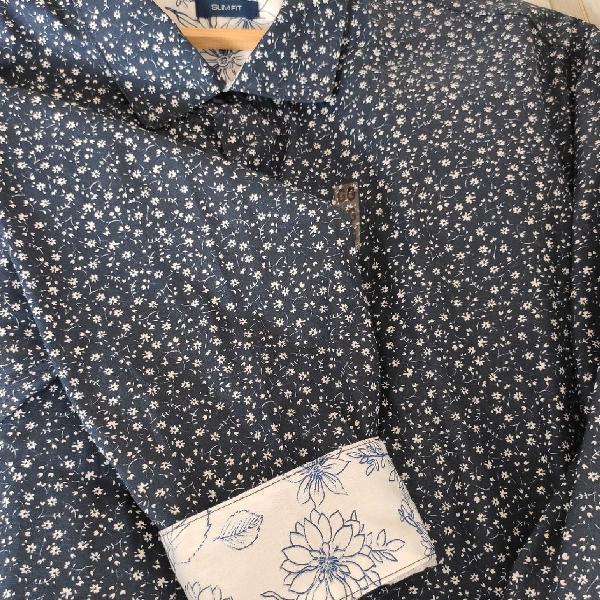 Camisa micro estampa floral tng