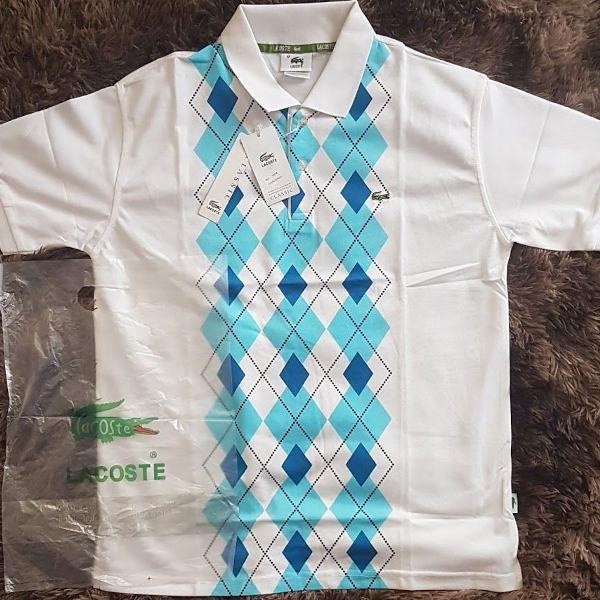 Camisa polo lacoste branca detalhe azul tam m