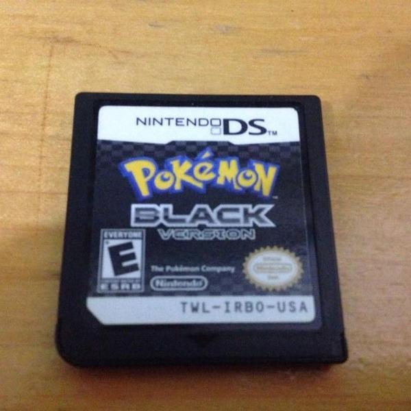 Pokemon black version card nintendo ds mídia fisica r$159