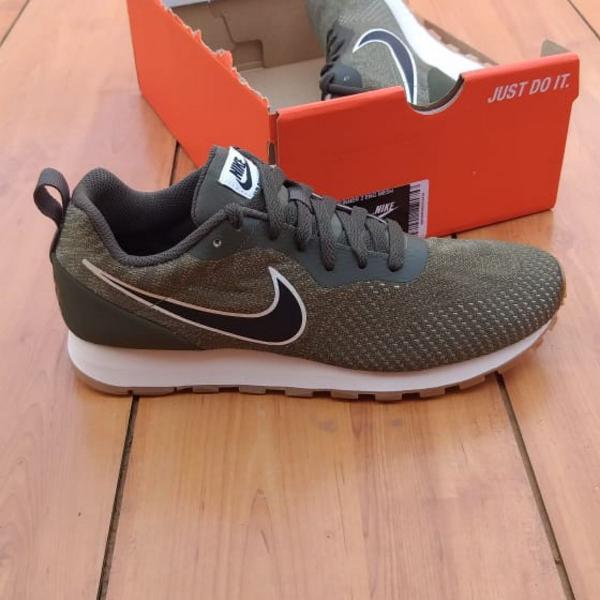 Tênis nike md runner produto novo original na caixa n.39