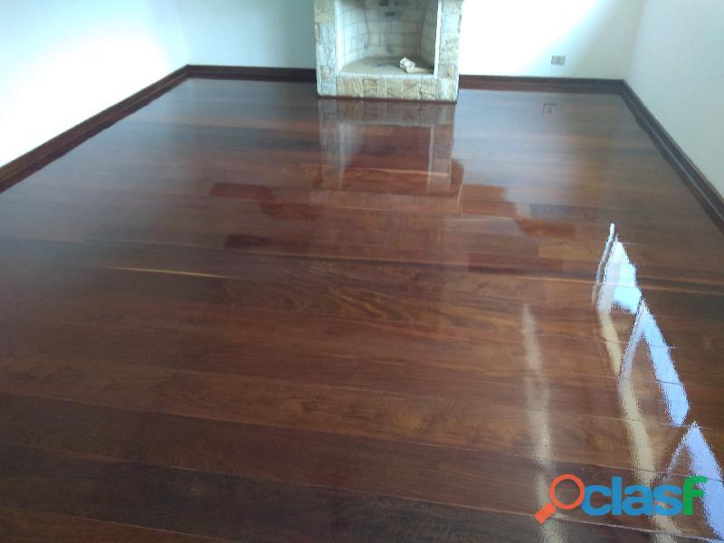 Aplicação de resina bona em piso de madeira (11) 95781 7335 carla orçamento grátis