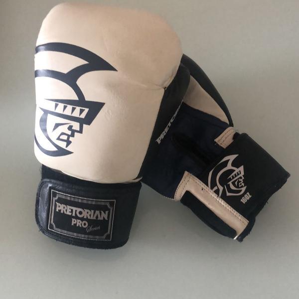 Luva boxe e muay-thai profissional