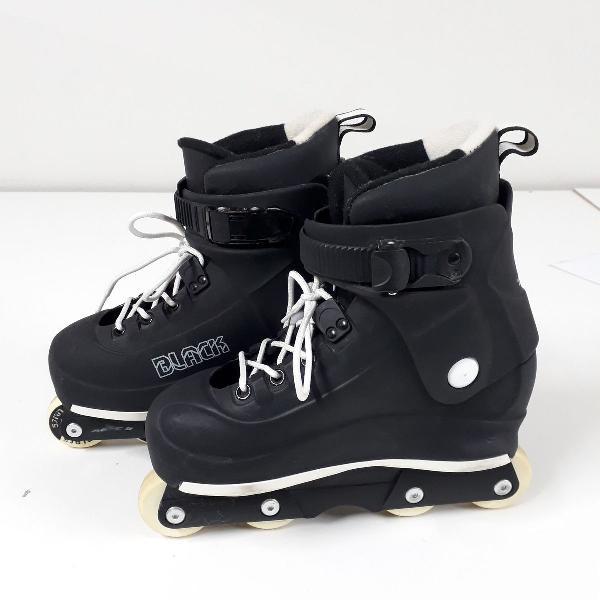 Patins traxart black agressive - preto + kit proteção