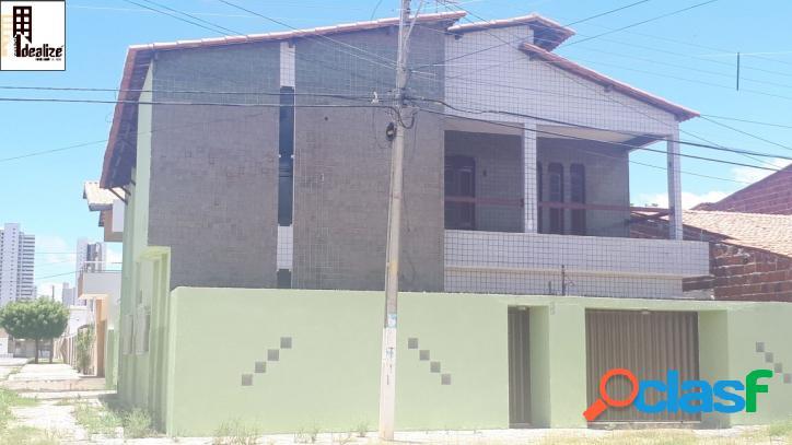 Aluga se casa duplex no bairro Aeroporto