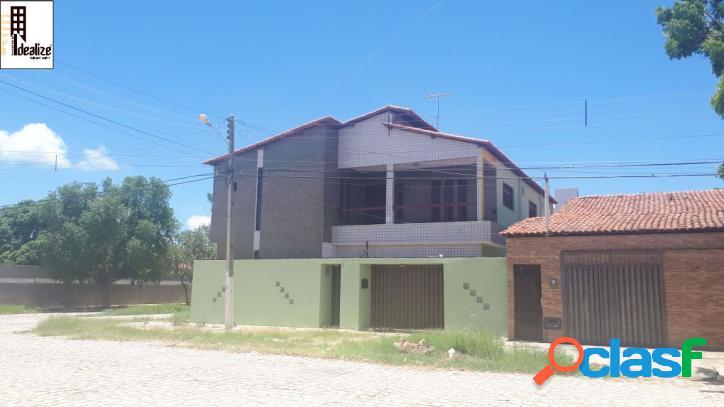Aluga se casa duplex no bairro Aeroporto 1