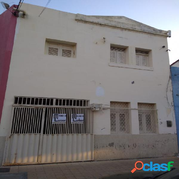Vende se ótima casa no centro de Mossoró