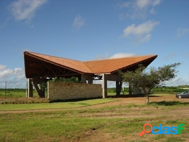 Vende se ótimo terreno no Condomínio Ninho Residencial