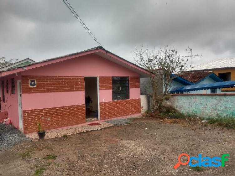 Casa em excelente localização próxima ao parque barigui