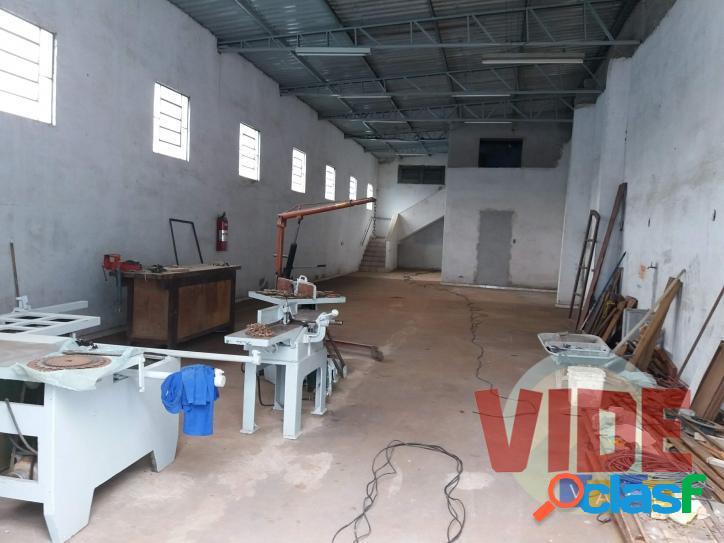 Galpão c/ 280 m² AC, 500 m² de terreno, no Chácaras Reunidas, SJC 1