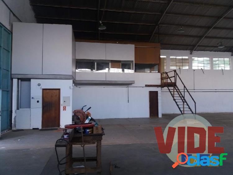 Chácaras Reunidas: Galpão com 600 m², bairro industrial, próximo à Dutra, em São José dos Campos 2