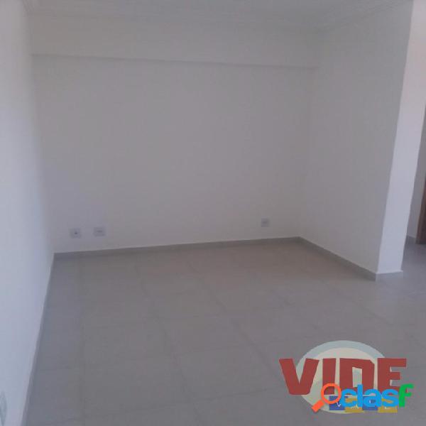 Apto. novo, c/ 2 dorms (1 suíte), varanda gourmet, 69 m², Parque Industrial 3