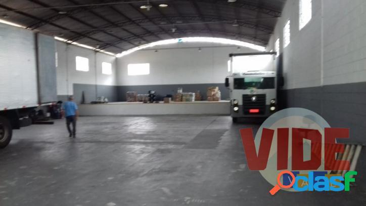 Galpão com 600 m², no bairro industrial chácaras reunidas, em sjc