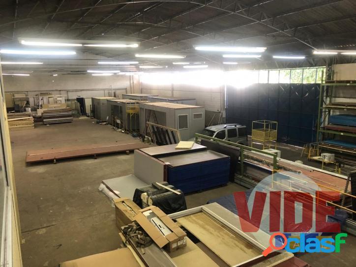 Galpão industrial c/ 1300 m², em terreno c/ 3000 m², chácaras reunidas, sjc