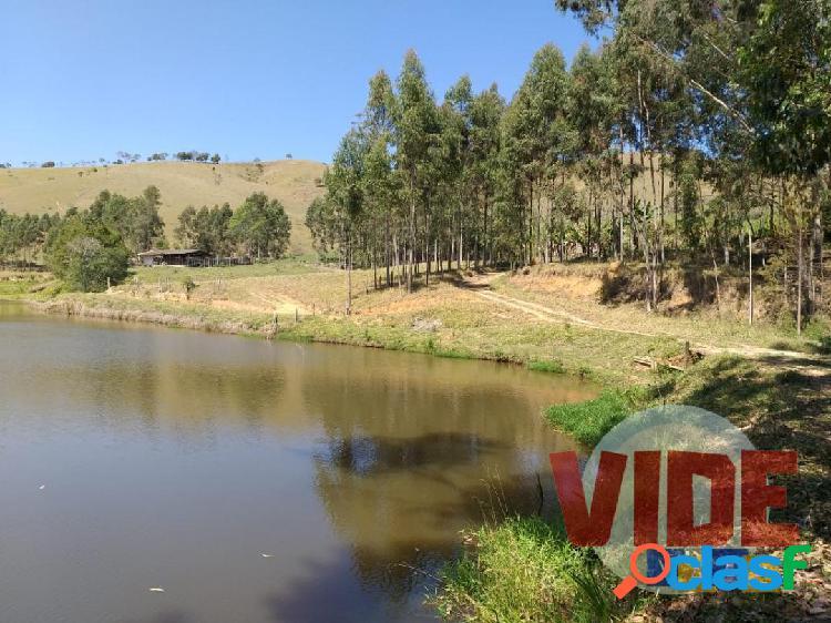 São Luiz do Paraitinga: Fazenda com 50 alqueires, próxima da cidade