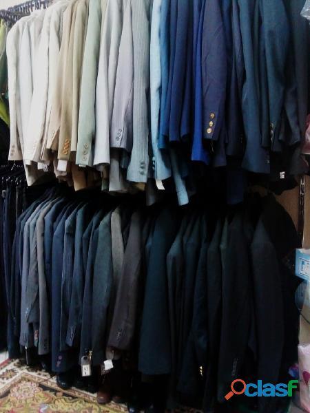 fardo de roupas usadas com 300 peças 3