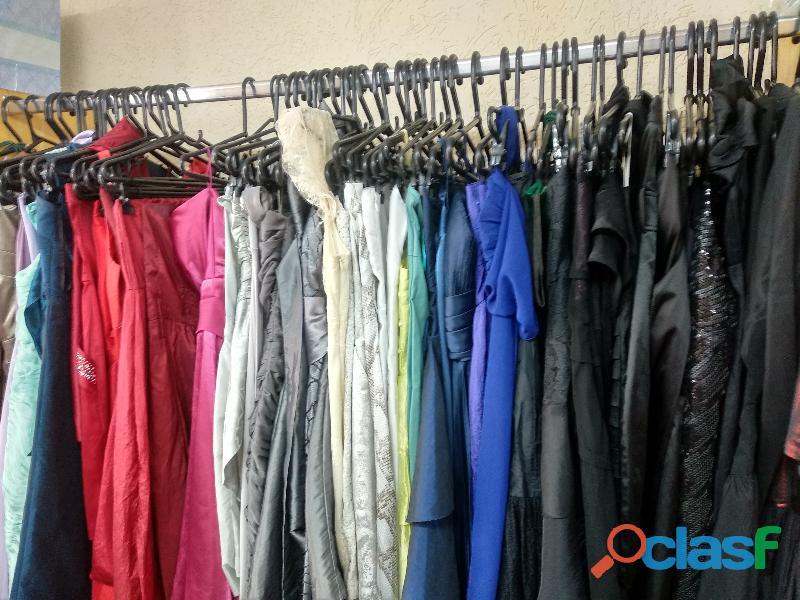 fardo de roupas usadas com 300 peças 2