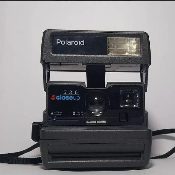 Máquina fotográfica polaroide