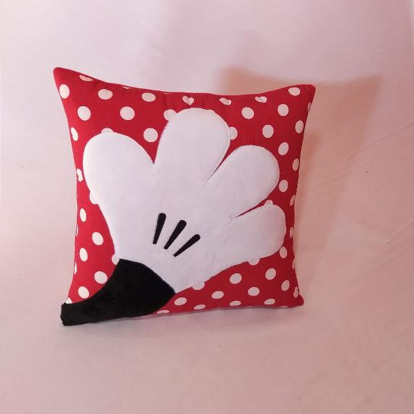 Almofada decorativa - mão minnie - minnie mouse